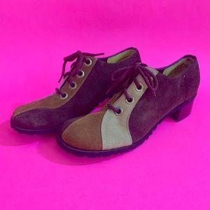 Vintage 70s brown suede oxford platform shoes 6N